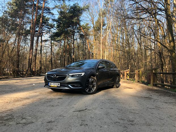 Opel Insignia 1.6 Turbo 200 KM