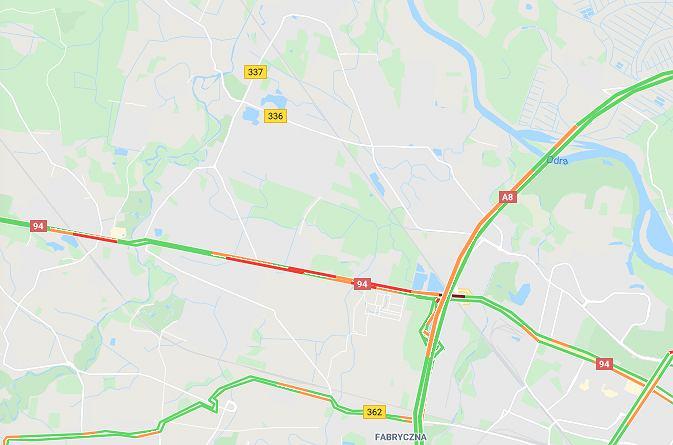 Kolizja na Autostradowej Obwodnicy Wrocławia. Zderzyły się cztery samochody (zdjęcie ilustracyjne)
