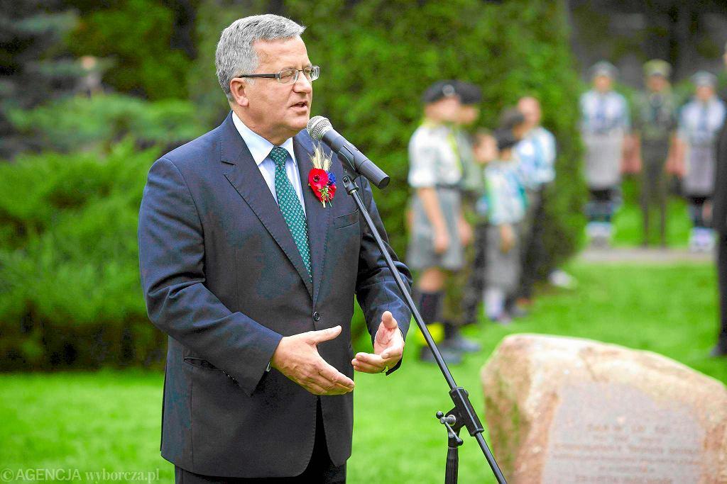 Bronisław Komorowski przemawia w Spale podczas dożynek