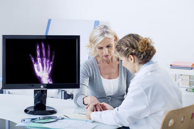 Niewielki i niebolesny guzek zazwyczaj nie wymaga leczenia