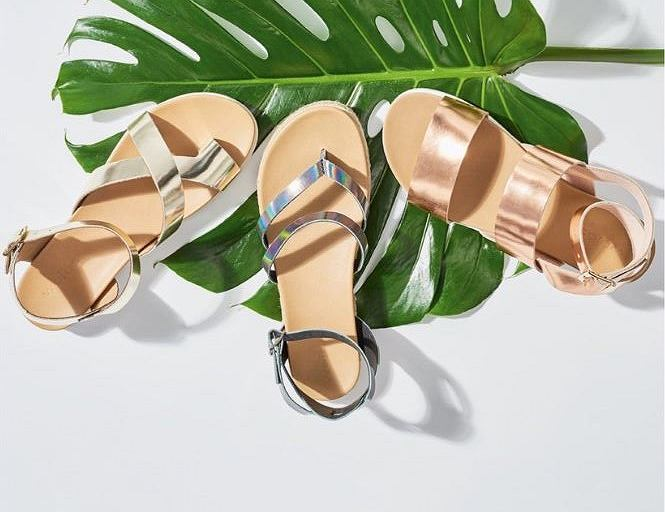 4681d7b0 Buty Wojas z wyprzedaży. Sandały, klapki i baleriny nawet 30% taniej!