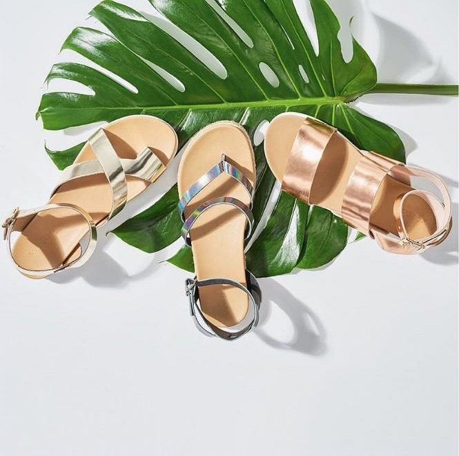 f229f46f Buty Wojas z wyprzedaży. Sandały, klapki i baleriny nawet -30%taniej!