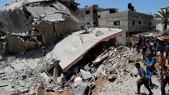 """Najpierw telefon, a po 15 minutach """"pukająca bomba"""". Izrael ostrzega palestyńskie rodziny przed atakiem"""