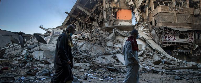 """""""Nie ma jak uciec"""". Mieszkańcy Strefy Gazy w strachu przed nalotami"""