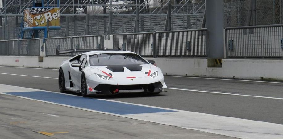 Robert Kubica za kierownicą Lamborghini na torze Monza