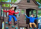 Plac zabaw dla dziecka w ogrodzie. Co powinno się w nim znaleźć? Na co uważać?