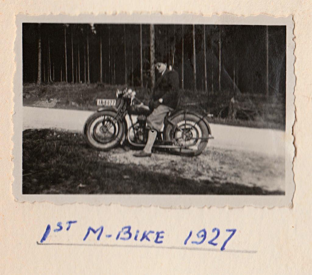 Pierwszy motocykl, 1927 r.
