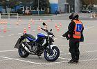 Ile kosztuje prawo jazdy kat. A? Ile lat trzeba mieć, by móc jeździć na motocyklu?