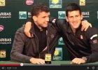 Nigdy nie wpuszczaj Novaka na swoją konferencję prasową