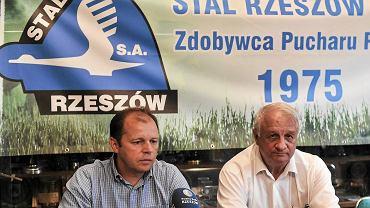 Trener Stali Rzeszów, Andrzej Szymański (po lewej)