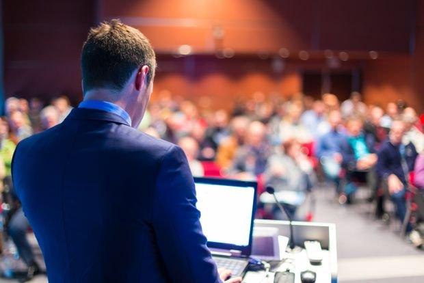 Jednostka zamawiająca ma prawo wymagać od wykonawców przedstawienia prezentacji dotyczącej oferowanych przez nich usług, dostaw.