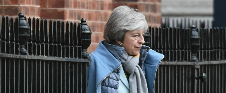 Theresa May ostrzega przed spiskiem ws. brexitu