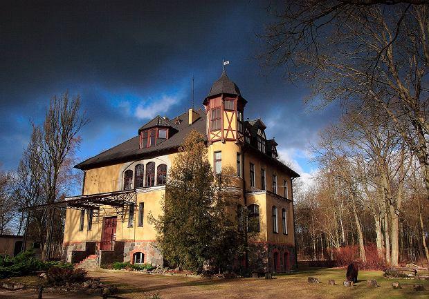 Pałac z Folwarkiem na Pomorzu.