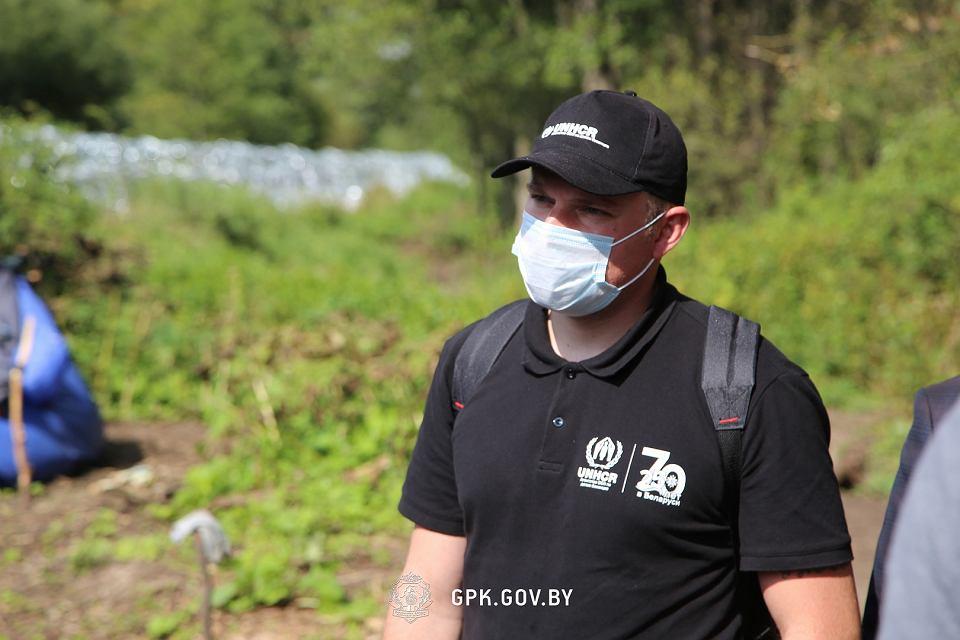 Zdjęcie numer 5 w galerii - Usnarz Górny. Białoruska straż graniczna ponownie twierdzi: Obozowisko jest po polskiej stronie [WIDEO]