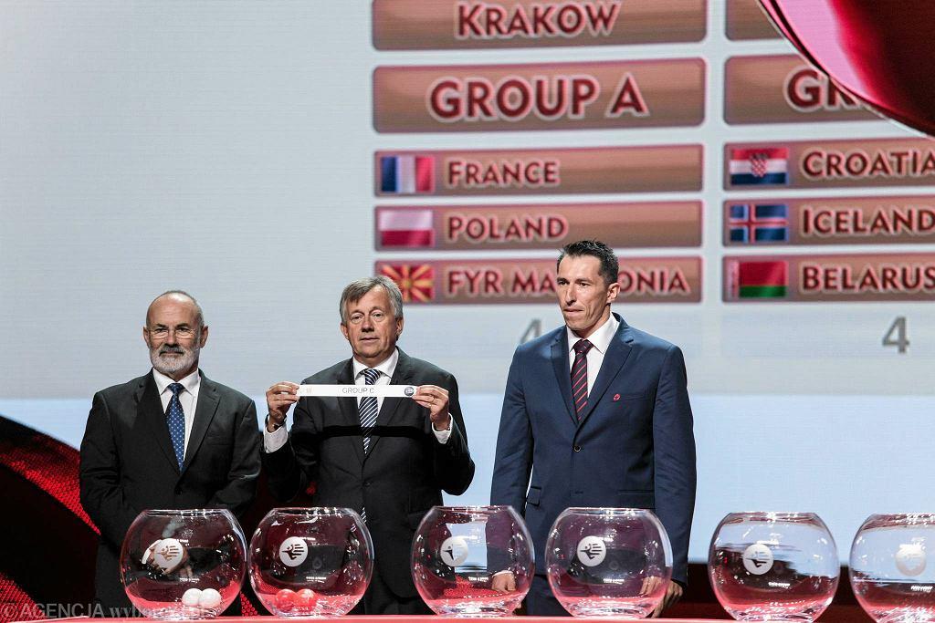 ICE Kraków: losowanie grup ME w piłce ręcznej. Na zdjęciu Sławomir Szmal i Michael Wiederer
