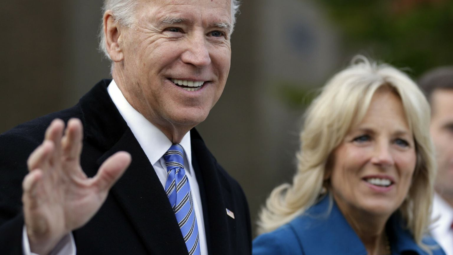 Joe Biden oświadczał się Jill pięć razy, aż w końcu postawił jej ultimatum. Urzekła go silnym charakterem i pewnością siebie