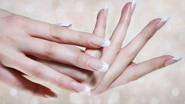 Na czym polega francuski manicure?