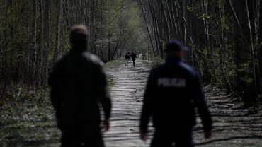 Las Kabacki pierwszy dzień do zniesieniu rządowego zakazu wchodzenia do lasów i parków