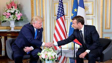 Donald Trump zakończył kolejne tournee po Europie. Na zdjęciu z prezydentem Francji Emmanuelem Macronem, prefektura Caen w Normandii, 6 czerwca 2019 r.
