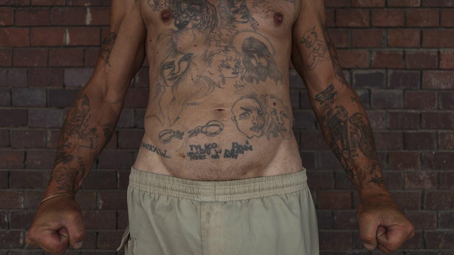 Tatuaże pana Mariana, zdjęcie wykonane w Poznaniu