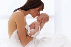 Język ciała noworodka. Jak go zrozumieć?