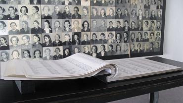 Miejsce pamięci w byłym niemieckim nazistowskim obozie dla kobiet w Ravensbrück