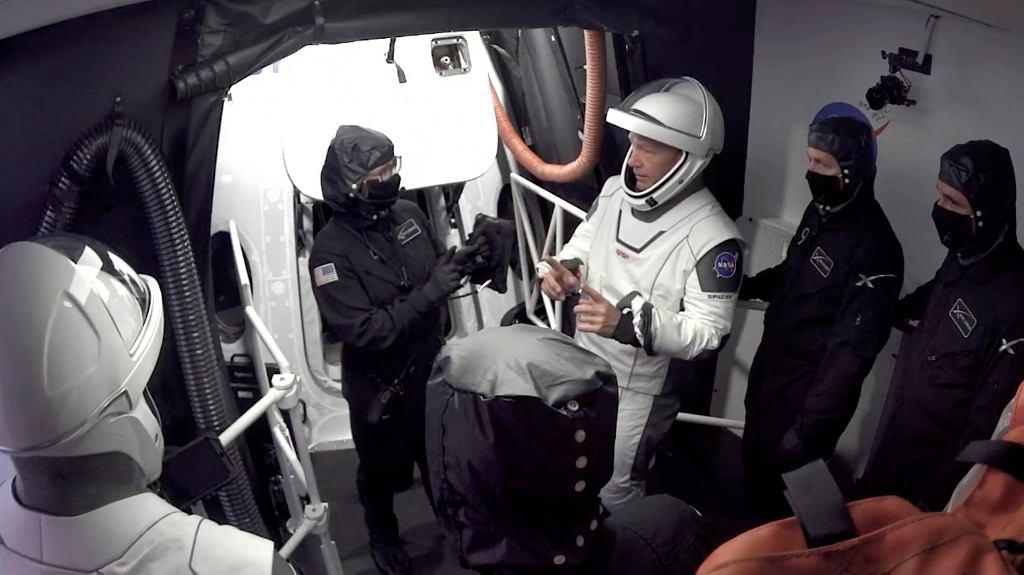 Tuż przed planowanym startem (został on ostatecznie przełożony) statku Crew Dragon z astronautami na pokładzie - 27.05.2020