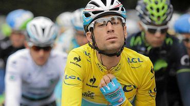 Za nami kolejny, szósty już etap Tour de France, które zwycięzcą okazał się Andre Greipel. Liderem pozostał Włoch Vincenzo Nibali, który na zdjęciu rozpoczynał kolejny dzień ścigania. Tym razem najszybszy okazał się Andre Greipel. Dla nas najważniejsza była jednak ucieczka Michała Kwiatkowskiego, który zdecydował się przyspieszyć kilometr przed metą, a do końcowego sukcesu zabrakło mu trzystu metrów.
