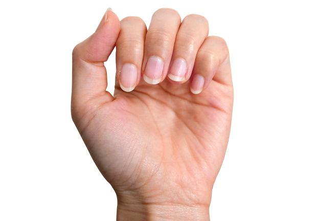 bd66bf4a57bdee Brak jasnych półksiężyców na paznokciach - czy mówi coś o naszym zdrowiu?
