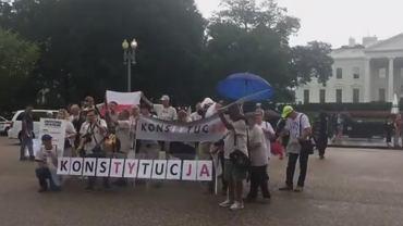 Andrzej Duda w USA. Protest przed Białym Domem