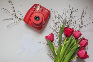 Instax - aparaty błyskawiczne i pokrowce. Uwiecznij wspomnienia z wakacji
