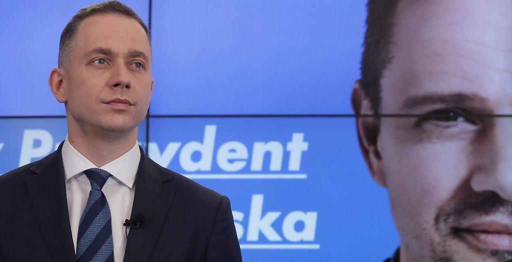 Cezary Tomczyk podczas prezentacji hasła wyborczego Rafała Trzaskowskiego