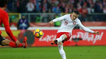 Piotr Zieliński w kadrze gra słabiej niż w klubie? Włoski ekspert znalazł przyczynę
