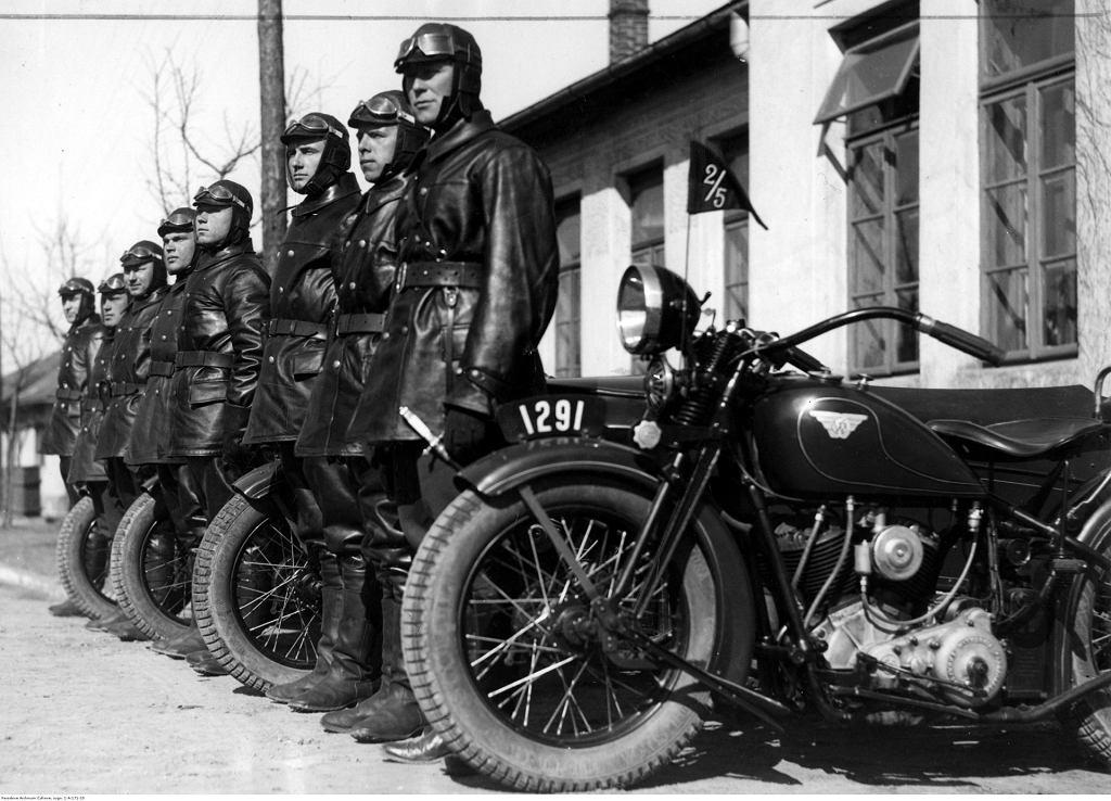 Motocykl CWS M111