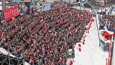 Kibice podczas Pucharu Świata w skokach narciarskich. Zakopane, 27 stycznia 2018