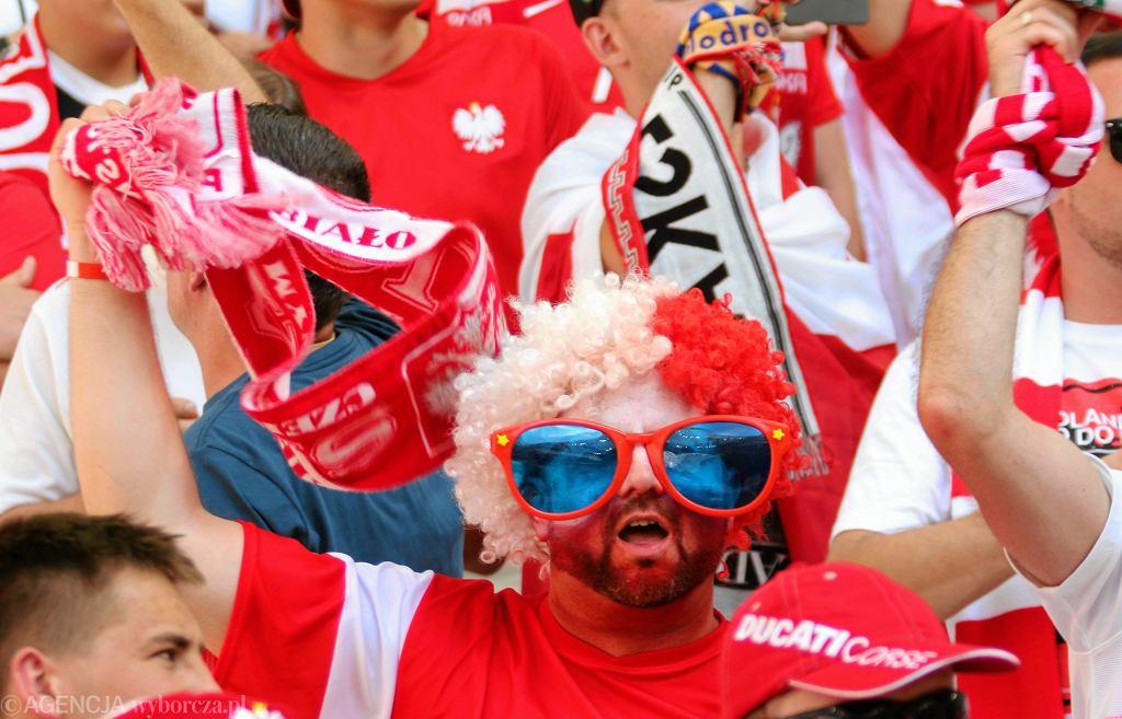 Kibice na polskich trybunach podczas meczu fazy grupowej Polska - Ukraina na Mistrzostwach Europy Euro 2016 w Marsylii.