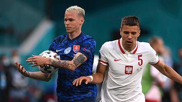 Euro 2020. Polska - Słowacja. Z prawej Jan Bednarek