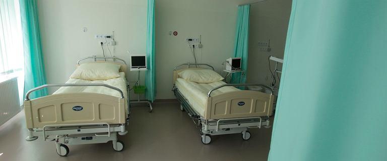 Szpital Banacha zamyka dziewięć sal operacyjnych. Brakuje personelu i pieniędzy
