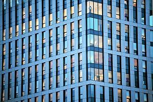 Społeczna odpowiedzialność biznesu, czyli jak wielkie firmy dbają o etykę, społeczeństwo i środowisko