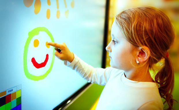 Kolorowanki online, czyli malowanie palcem po ekranie