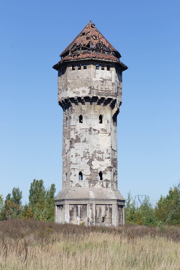 Zdjęcie numer 3 w galerii - Są nieodłącznym elementem krajobrazu Katowic. 15 wież uwiecznionych na fotografiach