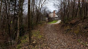 Dom w Izdebkach, w którym mieszkała rodzina S.