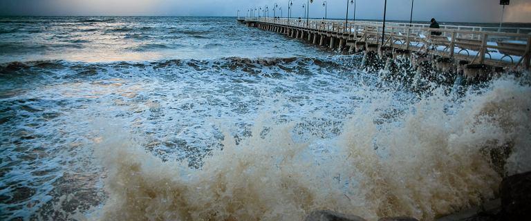 IMGW ostrzega przed intensywnymi burzami z gradem w sobotę