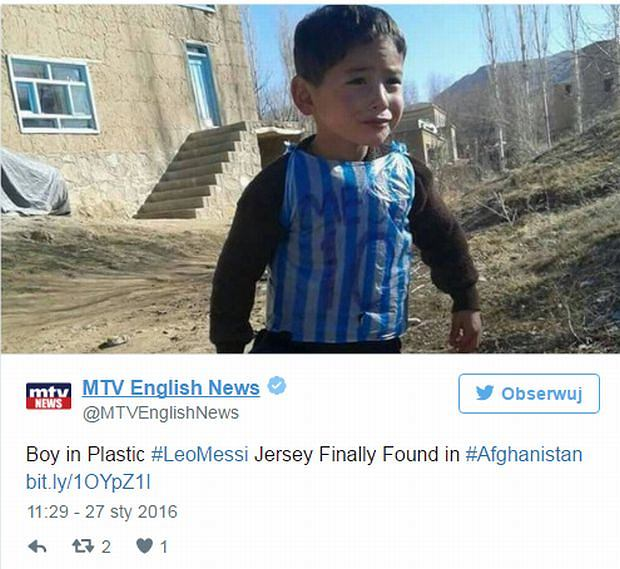Chłopiec w koszulce Messiego