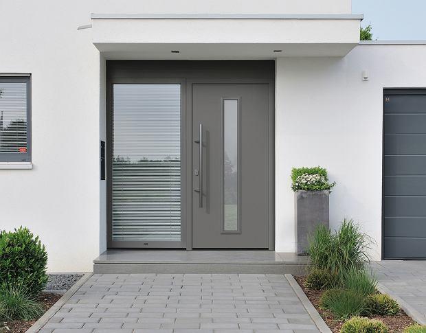 Drzwi ISOPRO z naświetlem bocznym Hörmann
