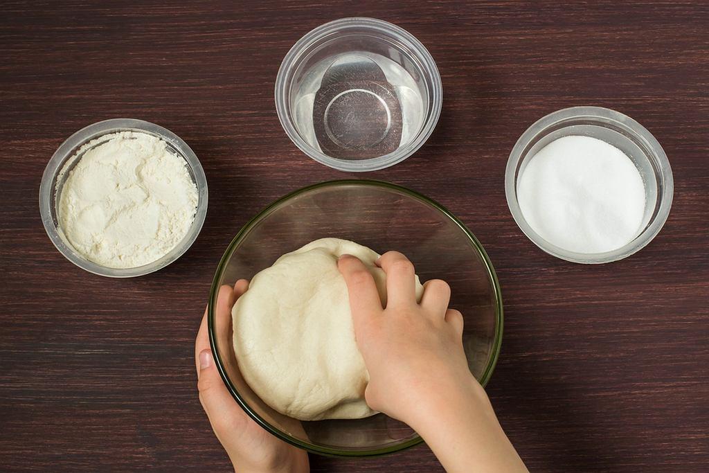 Do przygotowania masy solnej wystarczą składniki, które mamy w domu