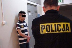 Piaseczno. Policja odzyskała skradzione bursztyny warte ponad 60 tys. zł