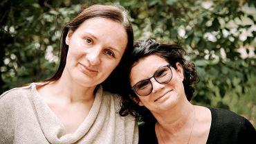 Katarzyna  Skopiec (po prawej) z uchodźczynią Anną Novik, której zaoferowała mieszkanie w swoim domu