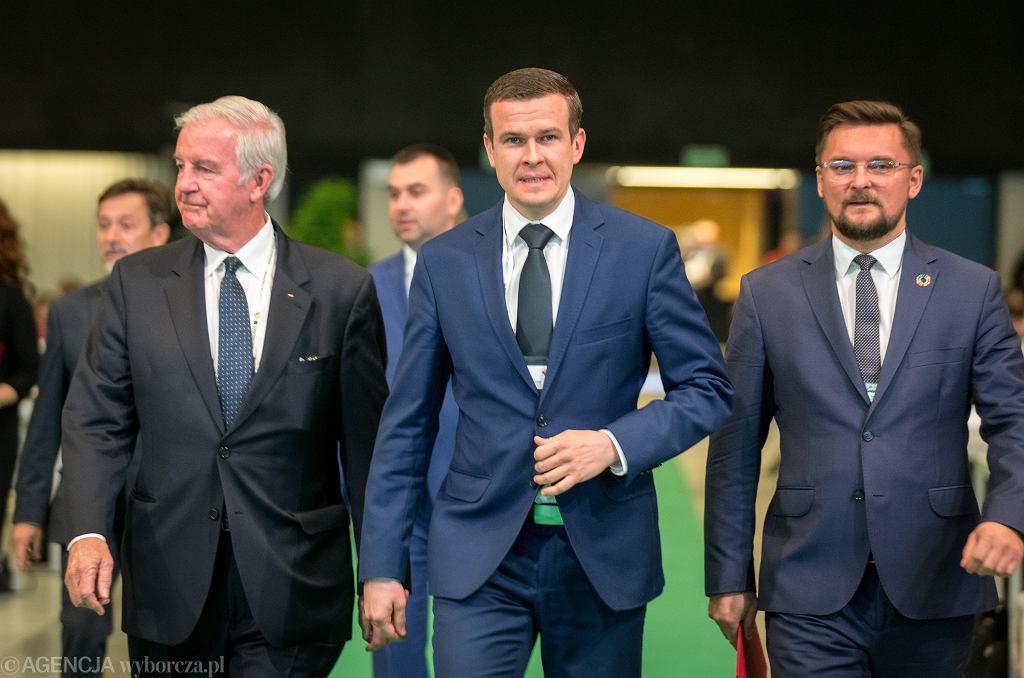 Sir Craig Reedie (z lewej) - dotychczasowy szef WADA, minister sportu i turystyki, prezydent in spe Światowej Agencji Antydopingowej Witold Bańka (w środku) podczas Światowej Konferencji Antydopingowej w Sporcie, Katowice, 5 listopada 2019