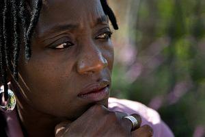 Auma Obama, siostra Baracka, nie miała łatwego życia. Dziś pomaga samotnym kenijskim dziewczynkom. Takim jak ona kiedyś